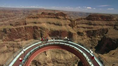 Spacer nad Wielkim Kanionem